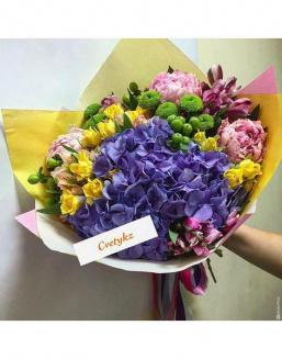 Sunny Bouquet | Pink,light-blue shrub roses,lilies,orchids on International Women's Day inexpensive flowers